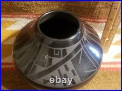 Rare San Ildefonso Blackware Native American Pottery Jar Martha Appleleaf